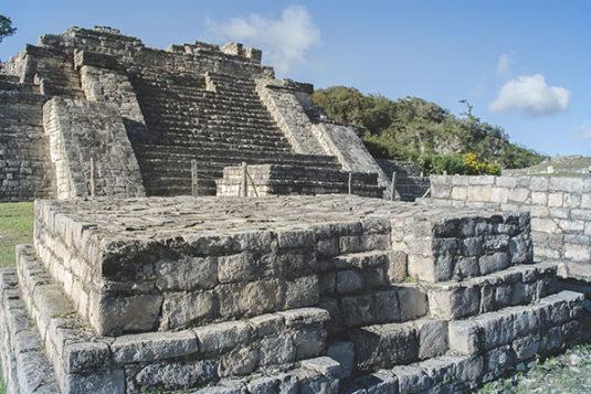 d6-mayan-ruins